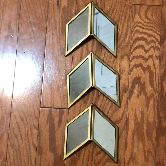 Thresholds 3 Piece Wall Hanging Arrow Set /Target